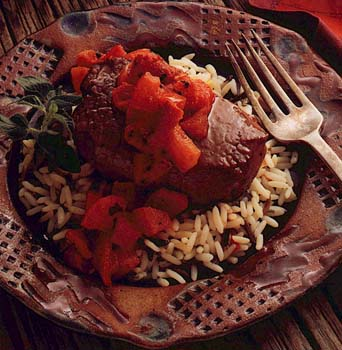Venison Steaks with Red Pepper Sauce
